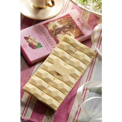 White Chocolate With Strawberry Chips 85g