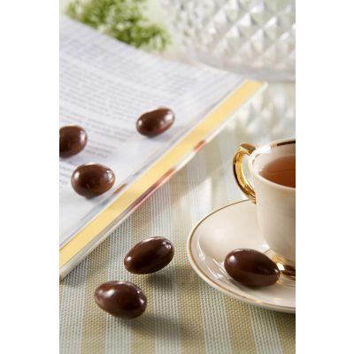 Beryl's Twin Towers Malaysia Almond Coated With Milk Chocolate 180g