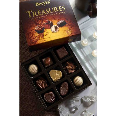 Treasures Assortment Pralines Chocolate 85g