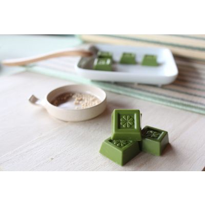 Matcha Green Tea Chocolate With Crunchy Malt Puff 60g