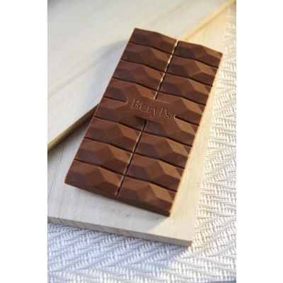 NSA Milk Chocolate With Hazelnut 85g